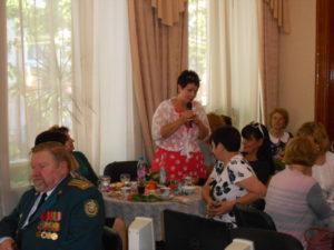 Вдова Очнева Лариса Викторовна поздравляет женщин с праздником